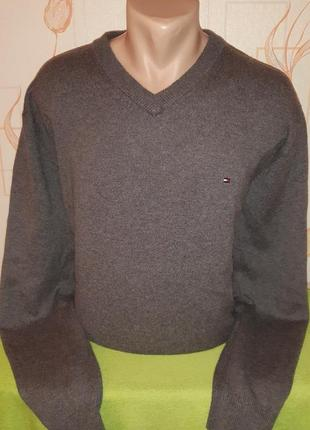 Шикарный шерстяной свитер tommy hilfiger,  made in hong kong. ...