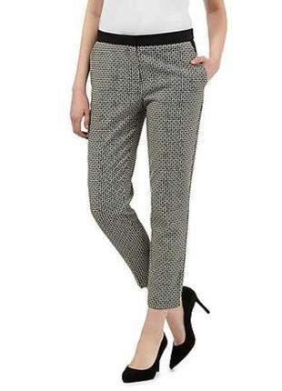 В наличии - брюки в геометричный принт *principles* 16/44 р.