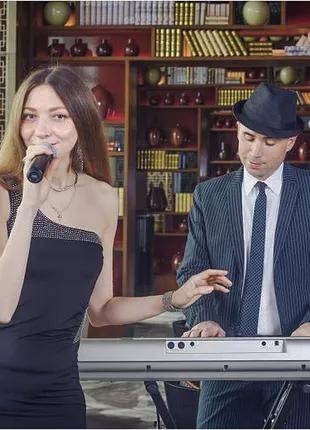 Вокалистка певица на праздник, диджей, музыкант