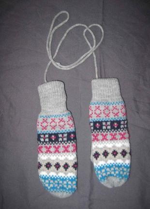 Варежки рукавицы детские на шнурке