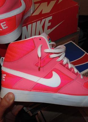 Кроссовки ботинки nike оригинал кожа как новые коробка