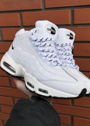 Женские ботинки кроссовки зима