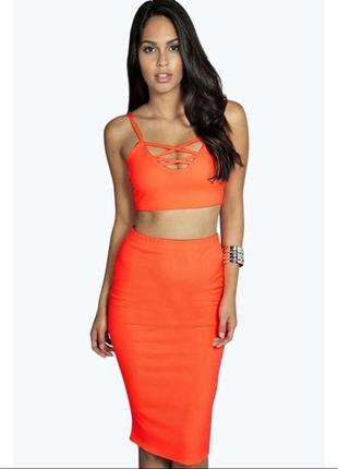 Неоновая оранжевая юбка