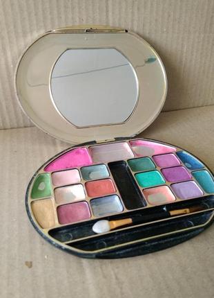 Палетка для макияжа тени для век палитра 18 цветов италия