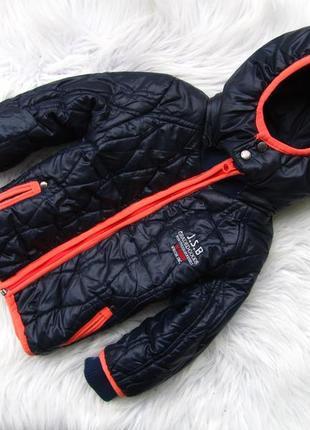 Стильная демисезонная куртка с капюшоном just small boys
