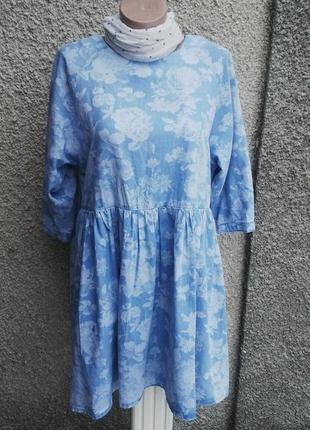 Джинсовое платье asos в цветочный принт,свободного кроя.