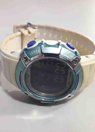 Наручные часы Б/У Omax DP02