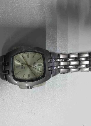 Наручные часы Б/У Omax DBA 061