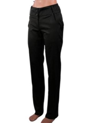 Классические брюки зауженого силуэта