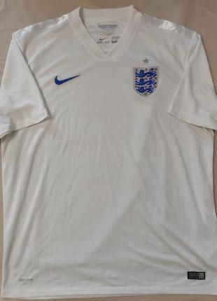 Футболка сборной англии.