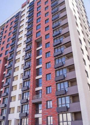 Продается 1-комнатная квартира 40 м2 в новом доме на 6 Фонтана!