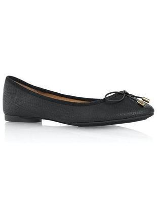 Балетки туфли на низком ходу фактурные змеиная кожа с бантиком...