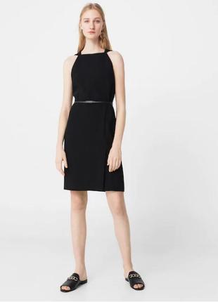Платье футляр с американской проймой длины миди от mango