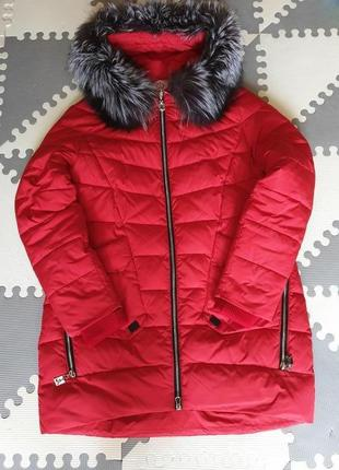 Зимняя куртка пуховик с натуральным мехом чернобурки