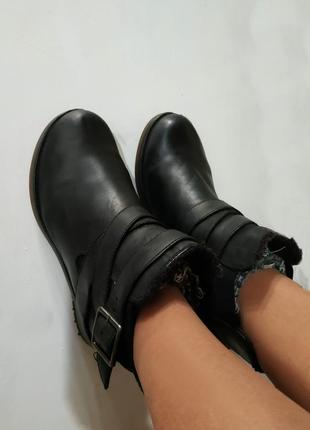 Ботинки чоперы челси, полу сапоги,зимние clarks dainite, бренд...