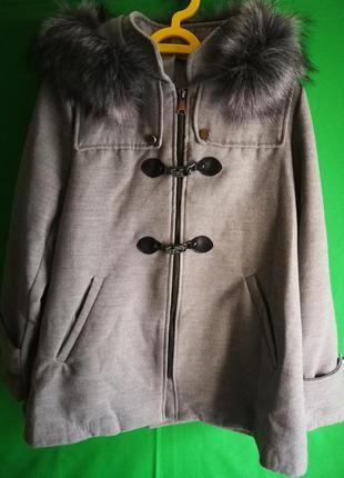 Женское пальто новое из италии