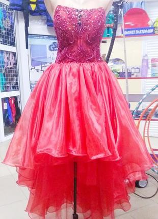 Супер платье со шлейфом вечернее выпускное