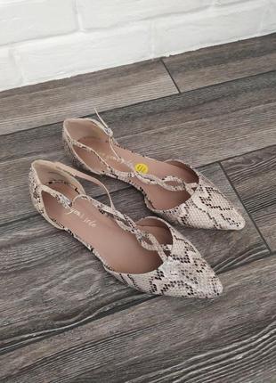 Стильные новые балктки туфли лодочки