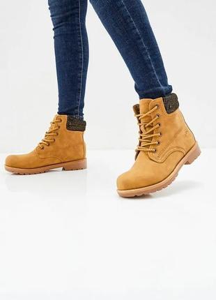 Новые женски ботинки ptpt.