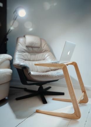Кофейный столик приставной деревянный. Минимализм.