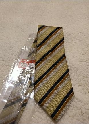 Новый, в упаковке, галстук италия
