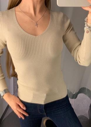 Плотный бежевый свитер в рубчик кофта amisu есть размеры