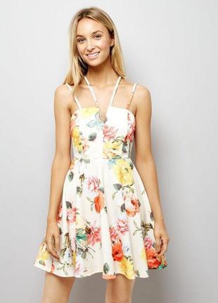 Шикарное платье в цветочный принт на тонких бретелях new look ...
