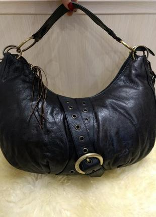 Отличная обьемная кожаная сумка хобо suzy smith