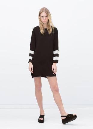 Zara прямое черное платье с белыми вставками на рукавах