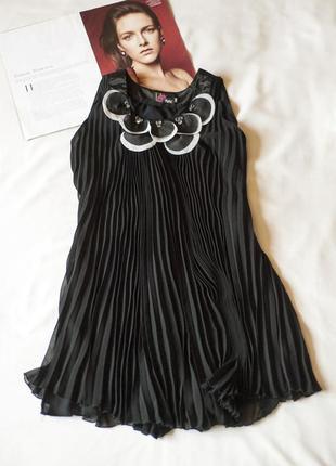 Очаровательное черное плиссированное платье туника мини yumi, ...