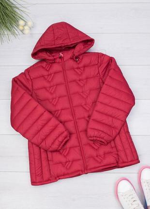 Женская красная куртка с капюшоном весенняя осенняя красивая ж...