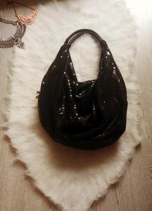 Средняя вместительная черная сумка в пайетках шоппер блестящая...