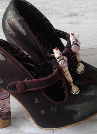 Туфли с прозрачным каблуком irregular choice