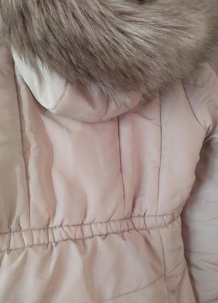 Нежно розовая куртка
