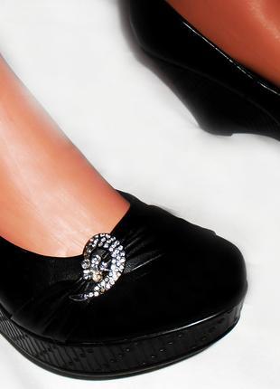 Черные туфли, ботильоны, ботинки на платформе