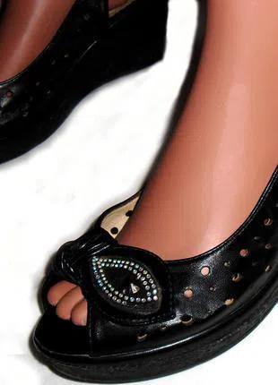 Черные босоножки, сандалии на платформе
