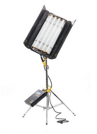 Аренда (прокат) KinoFlo (кинофло) свет для фото видео съемки 4х4