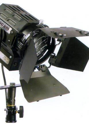 Аренда (прокат) свет для видеосъемки Logocam Fresnel-300 прожекто