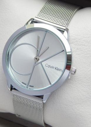 Модные женские часы Calvin Klein на сетчатом браслете, 2 размера