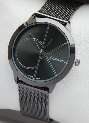 Часы Calvin Klein женские, черного цвета, на сетчатом браслете