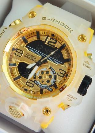 Модные спортивные наручные часы золотые с желтым