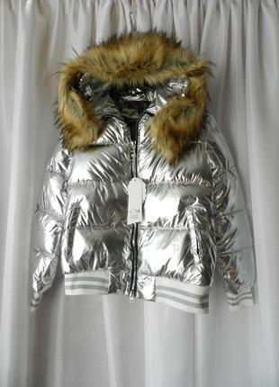 ✅блестящая дутая куртка с эко мехом енота на капюшоне в продаж...