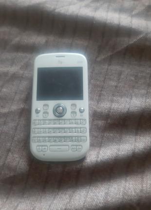 Телефон без аккумулятора Fly Q410