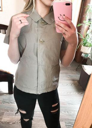 Пиджак-жилетка с коротким рукавом