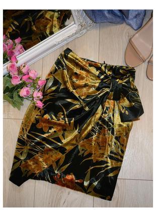 Нарядная,бархатная  юбка zara💞
