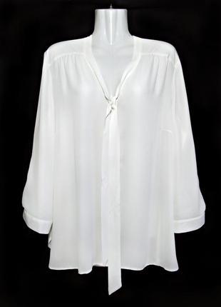 Молочно-белая матовая блуза с галстуком р.18