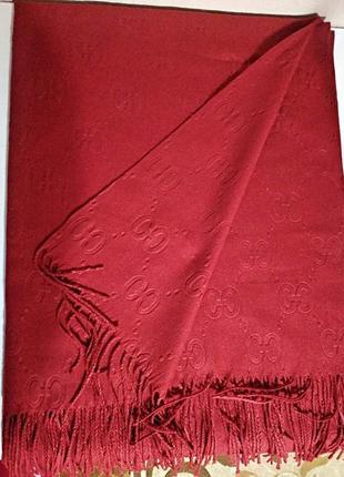 Женский стильный красный шарф палантин