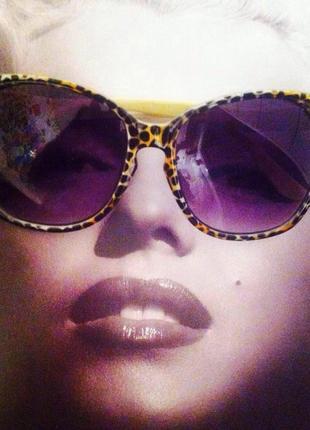 Солнцезащитные очки-кошечки oggi {с уф фильтрами}