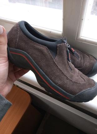 Замшевые кросовки
