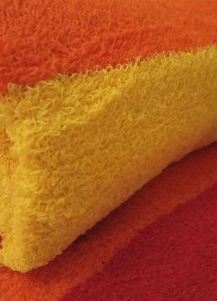 Махровое банное полотенце оранжевый-красный-желтый 140*70